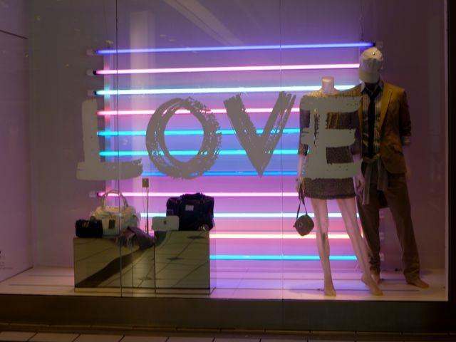 Art Mall Love